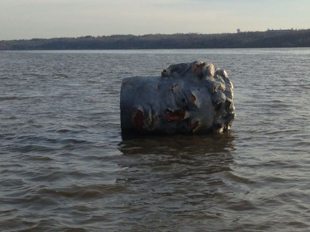 head found floating in hudson 1